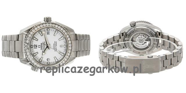 Classic perpetual, Patek Philippe dodał dwie złożone funkcje Repliki Zegarków
